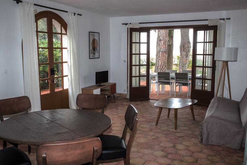Vacation rental house / villa Cavalaire sur mer 1000€ - Picture 7
