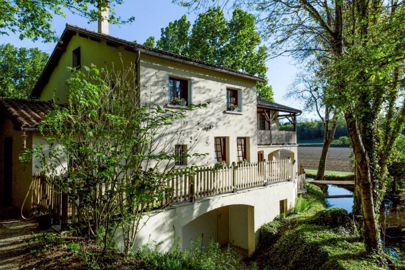 Vente maison / villa Ruffec 288750€ - Photo 12