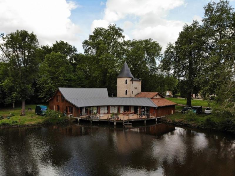 Deluxe sale house / villa La brede 820000€ - Picture 2
