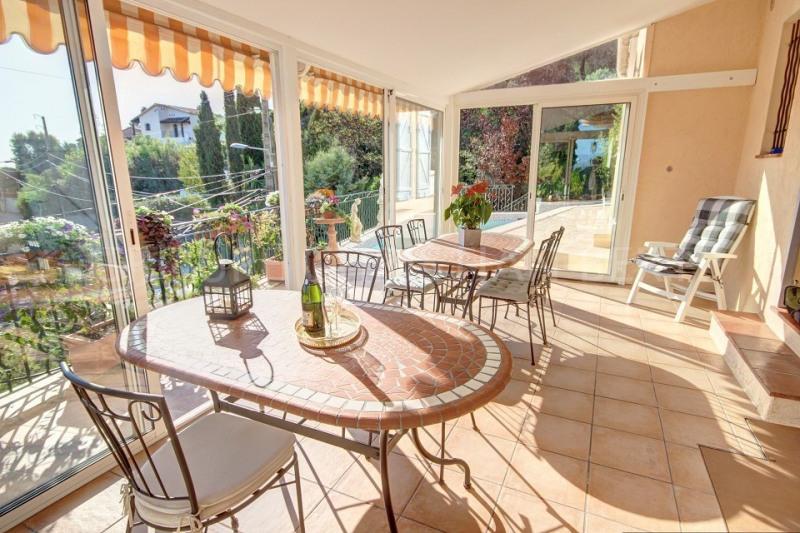 Verkauf von luxusobjekt haus Mandelieu 675000€ - Fotografie 2