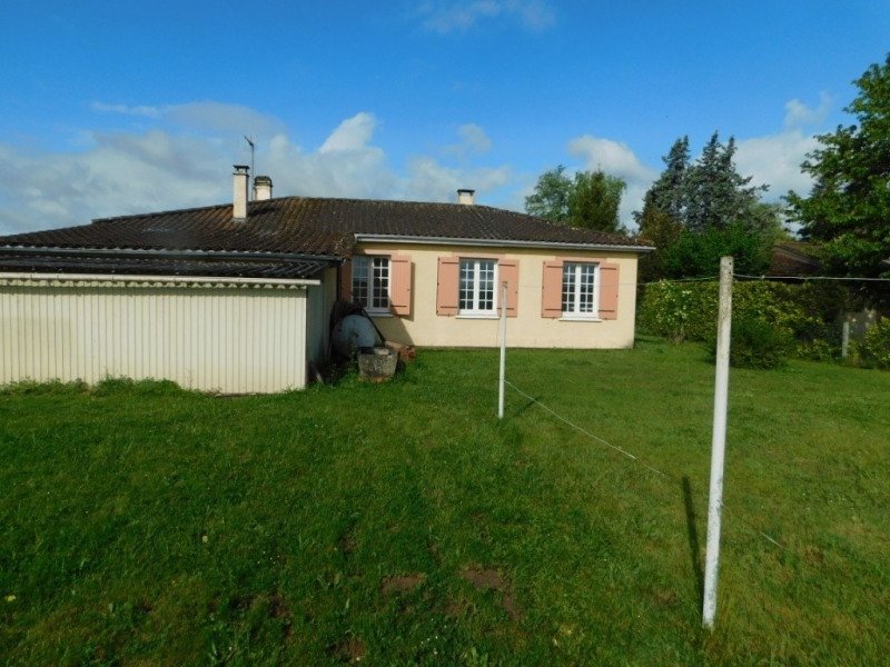 Sale house / villa Lamonzie saint martin 133750€ - Picture 2