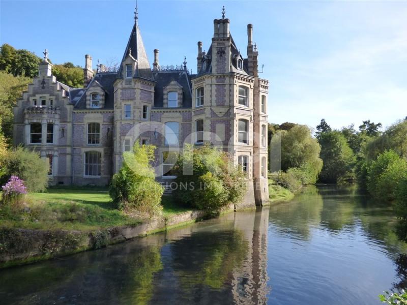 Château 19ème - bord de rivière - 1000 m² habitable