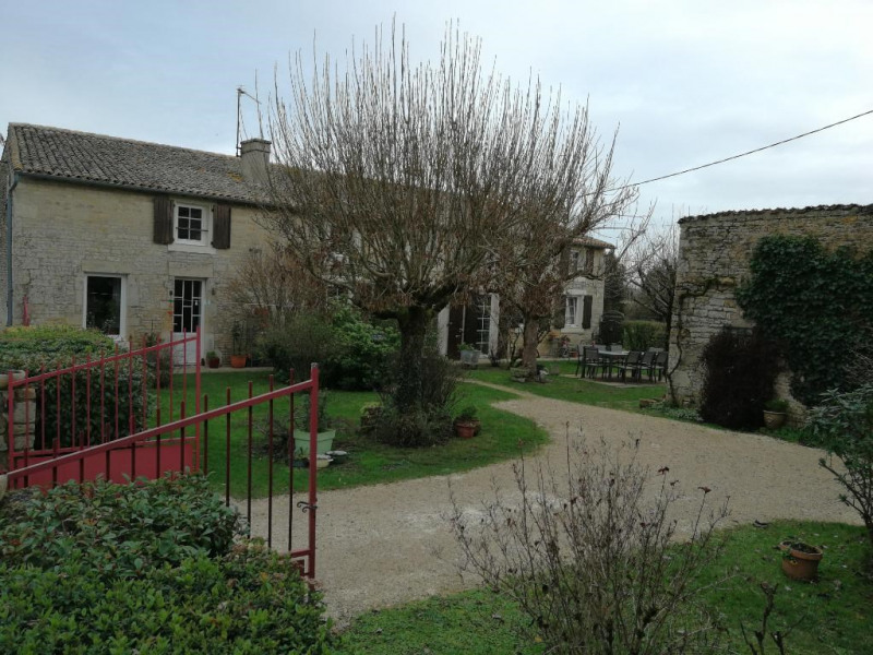 Vente maison / villa Secondigne sur belle 193 000€ - Photo 2