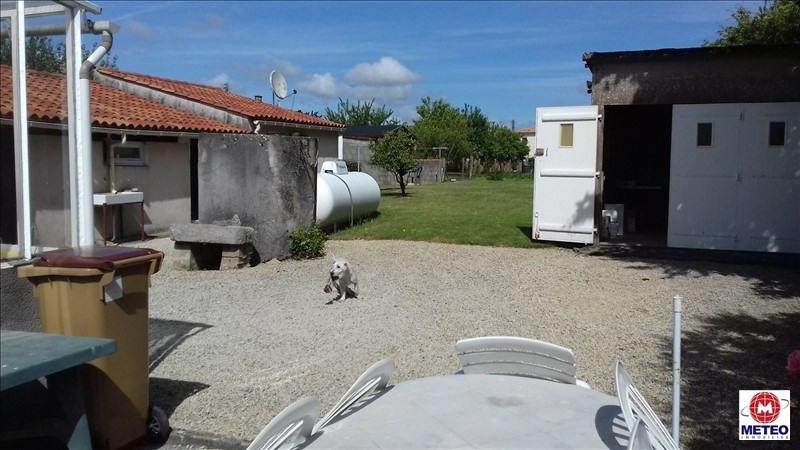 Sale house / villa Avrille 165075€ - Picture 5