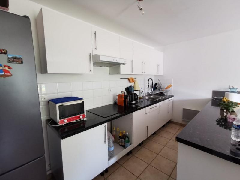 Location appartement Calas 750€ CC - Photo 4
