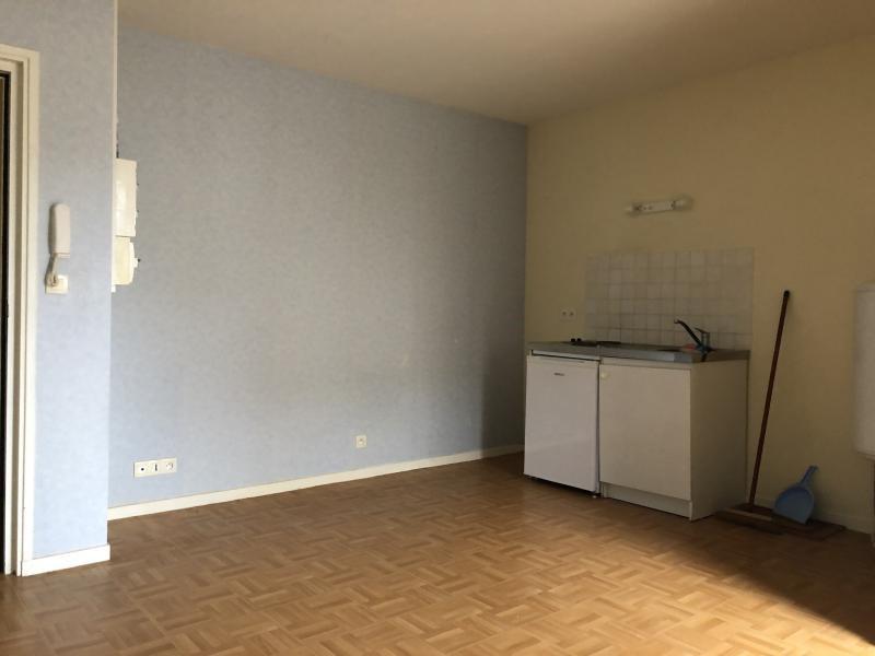 Sale apartment Les sables d'olonne 72000€ - Picture 2