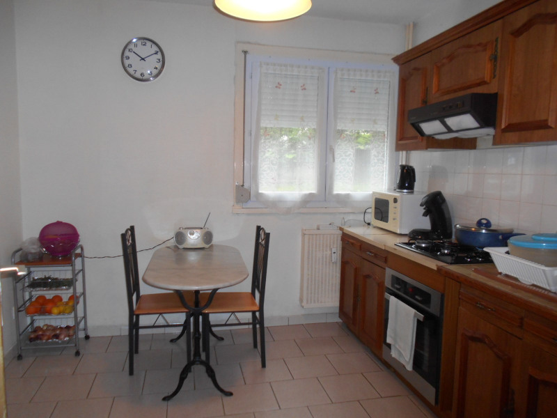 Vente appartement Lons-le-saunier 100 000€ - Photo 3