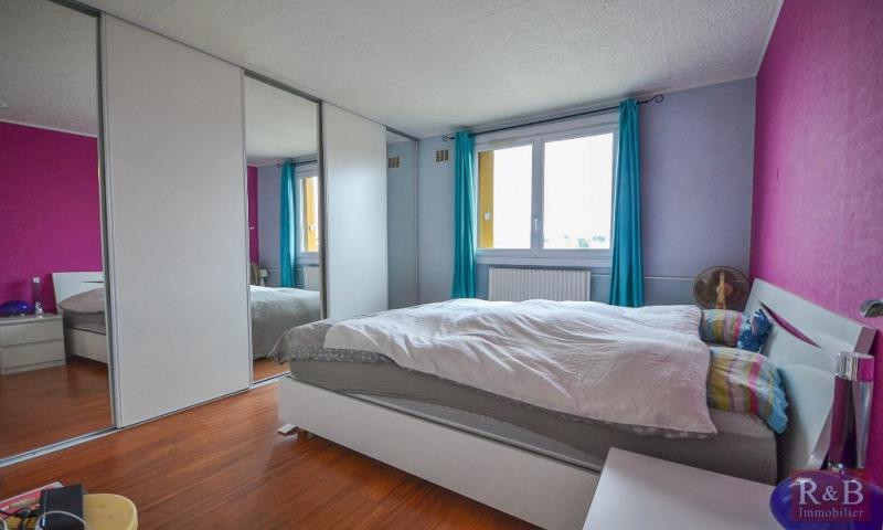 Sale apartment Les clayes sous bois 199900€ - Picture 7