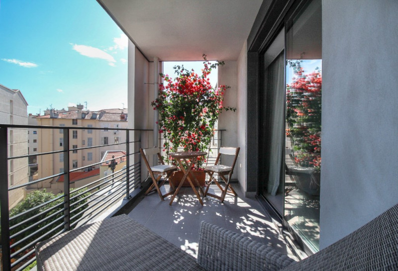 Sale apartment Nice 450000€ - Picture 5