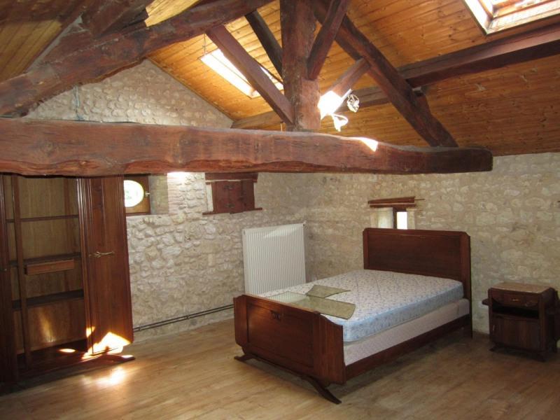 Rental house / villa Baignes-sainte-radegonde 450€ CC - Picture 7