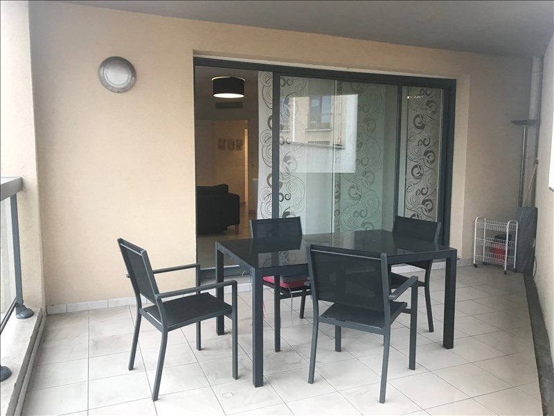 Rental apartment Aix en provence 1 295€ CC - Picture 1