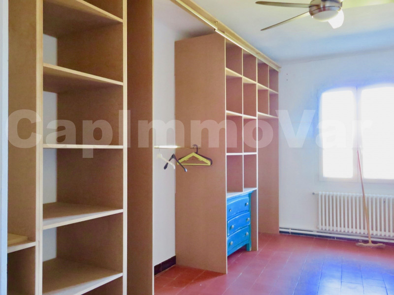 Location maison / villa Le castellet 1 381€ CC - Photo 4