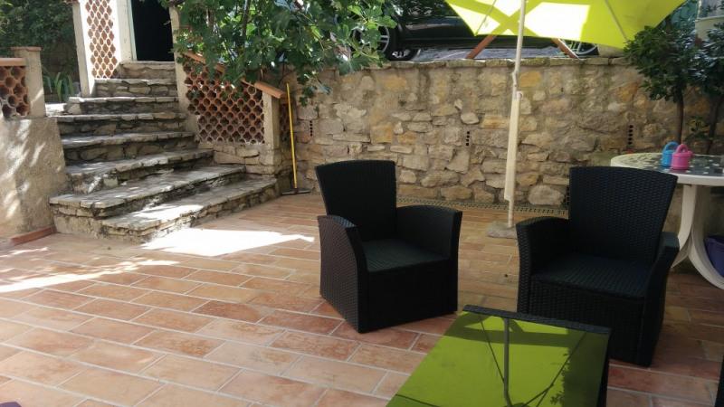 Rental house / villa Meyrargues 1035€ CC - Picture 1