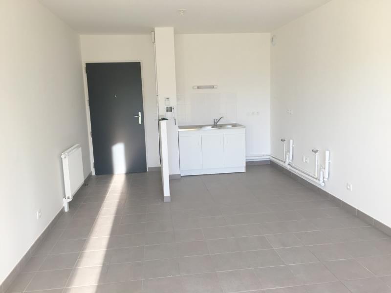 Rental apartment Honfleur 554€ CC - Picture 1