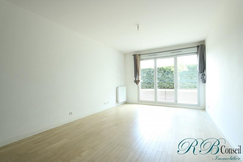 Rental apartment Chatenay malabry 1 110€ CC - Picture 2