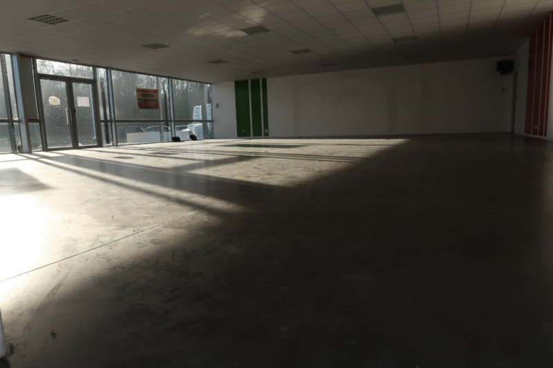 Location local commercial Limoges 2 500€ CC - Photo 2