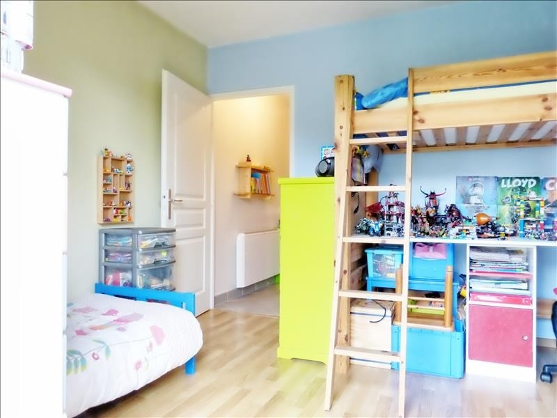 Sale apartment Scionzier 220000€ - Picture 4