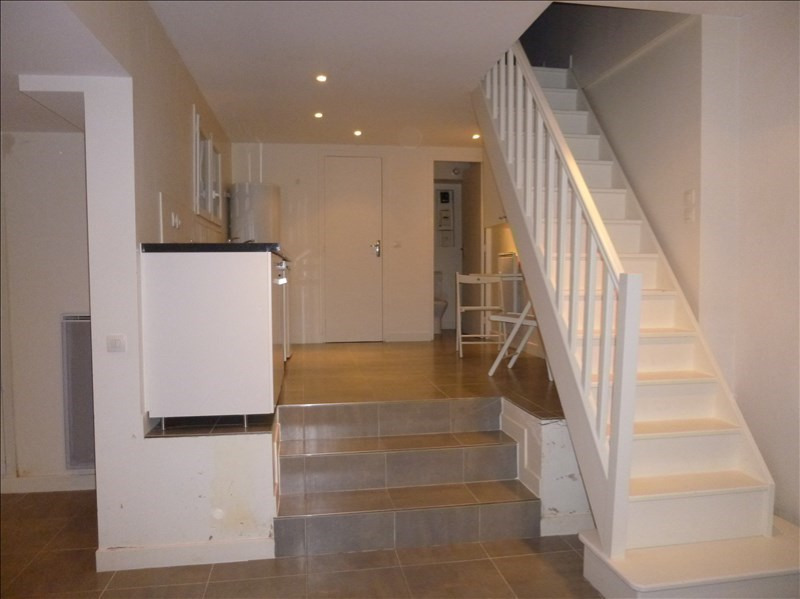 Location maison / villa Fontenay aux roses 855€ CC - Photo 5