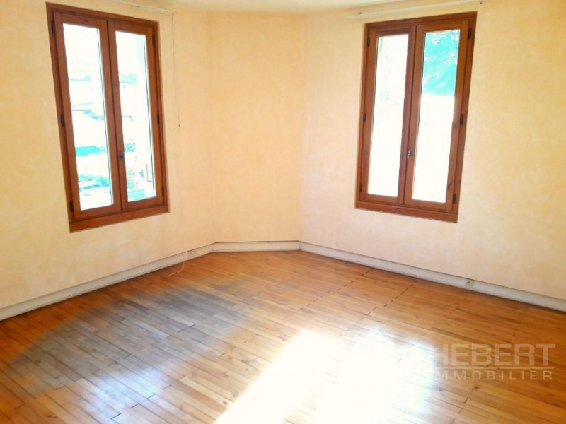 Vente appartement Sallanches 180 000€ - Photo 2