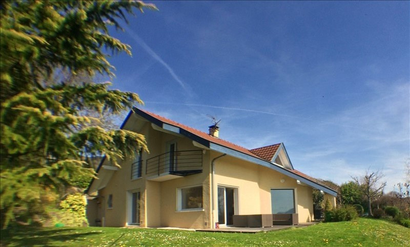Deluxe sale house / villa Lucinges 695 000€ - Picture 1