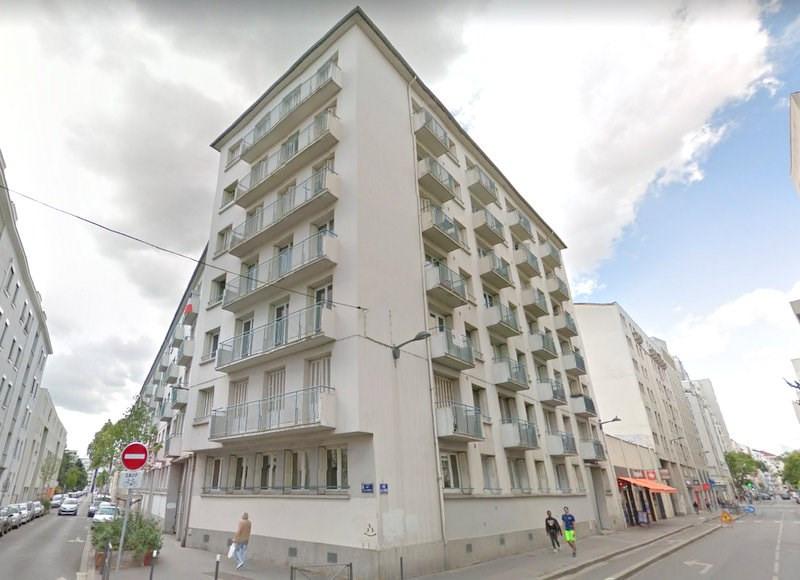 Rental apartment Villeurbanne 950€ CC - Picture 2
