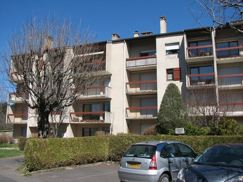 Location appartement Le chambon sur lignon 440€ CC - Photo 1