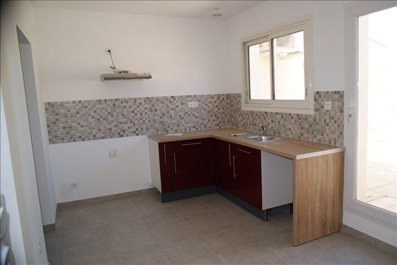 Rental apartment Lunel 702€ CC - Picture 2