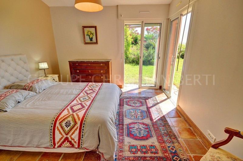 Deluxe sale house / villa Mandelieu 949000€ - Picture 8
