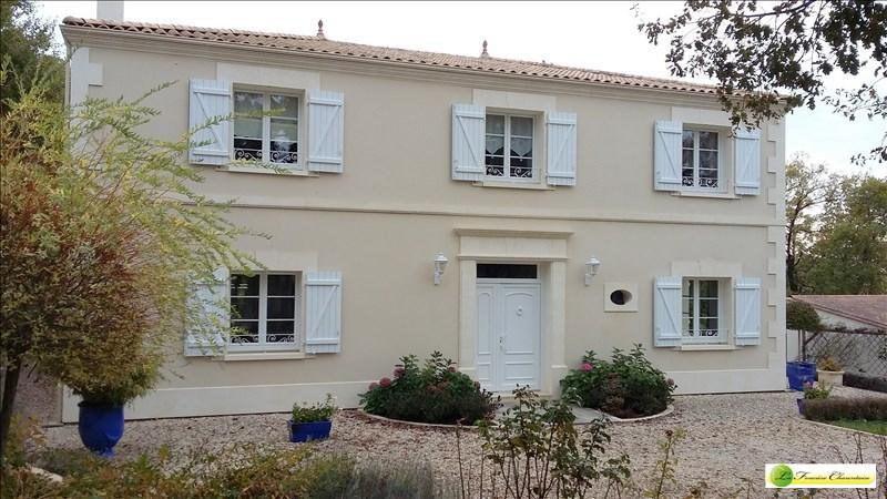 Vente maison / villa Voeuil et giget 424000€ - Photo 1