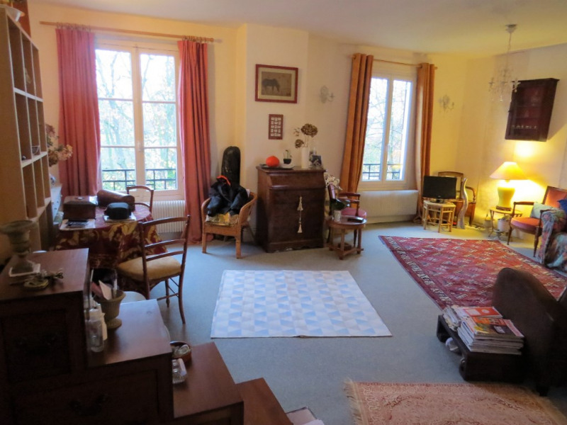 Sale apartment Maisons laffitte 220 000€ - Picture 1