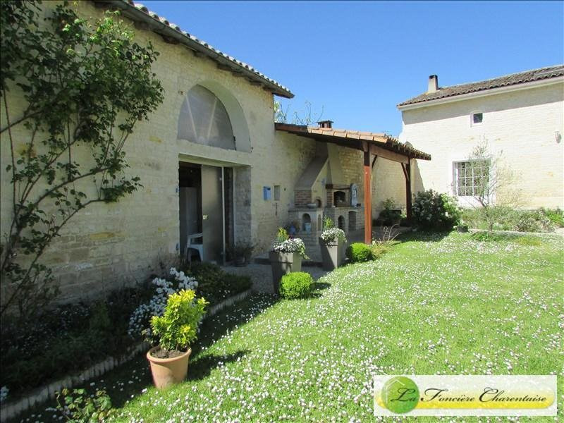 Sale house / villa Villefagnan 328 000€ - Picture 12