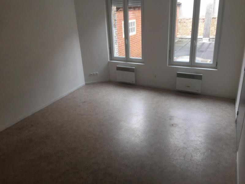 Location appartement Saint-omer 416€ CC - Photo 3