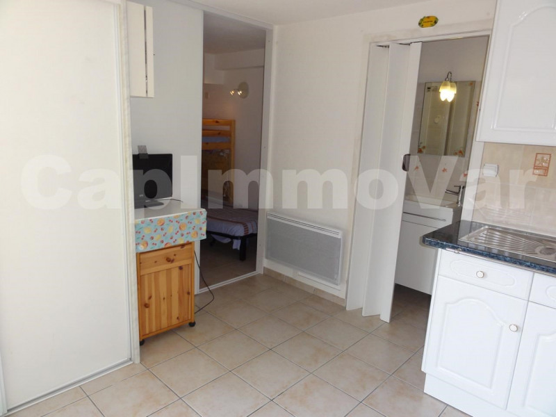 Sale apartment Le beausset 79000€ - Picture 5