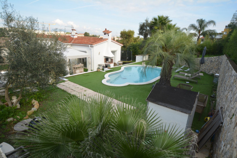 Deluxe sale house / villa Antibes 785000€ - Picture 1