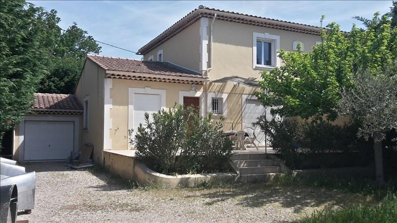 Location maison / villa Eyguieres 1130€ CC - Photo 1