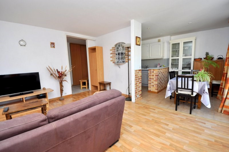 Sale apartment Bruyeres le chatel 165 000€ - Picture 2
