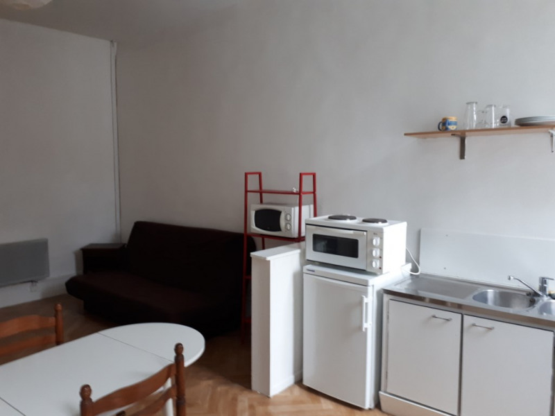 Rental apartment Saint omer 320€ CC - Picture 2