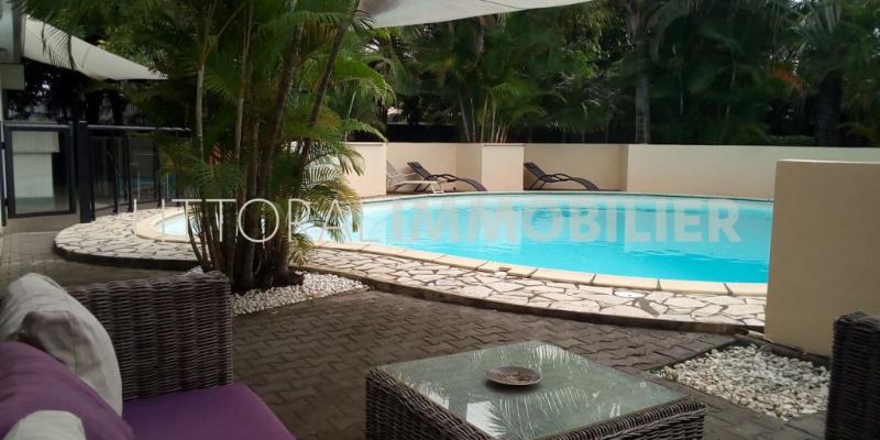 Deluxe sale house / villa L etang sale 650000€ - Picture 1