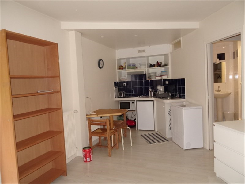 Vente appartement Versailles 165 000€ - Photo 2