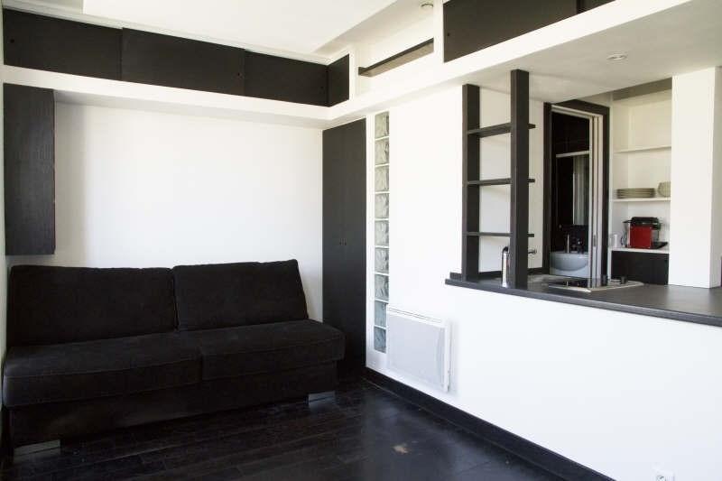 Location appartement Paris 7ème 990€ CC - Photo 7