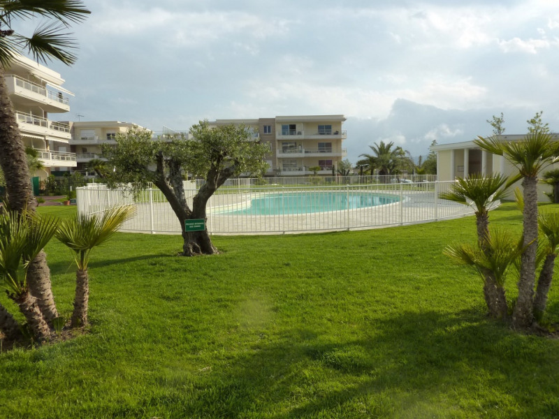 Sale apartment Antibes 265 000€ - Picture 1