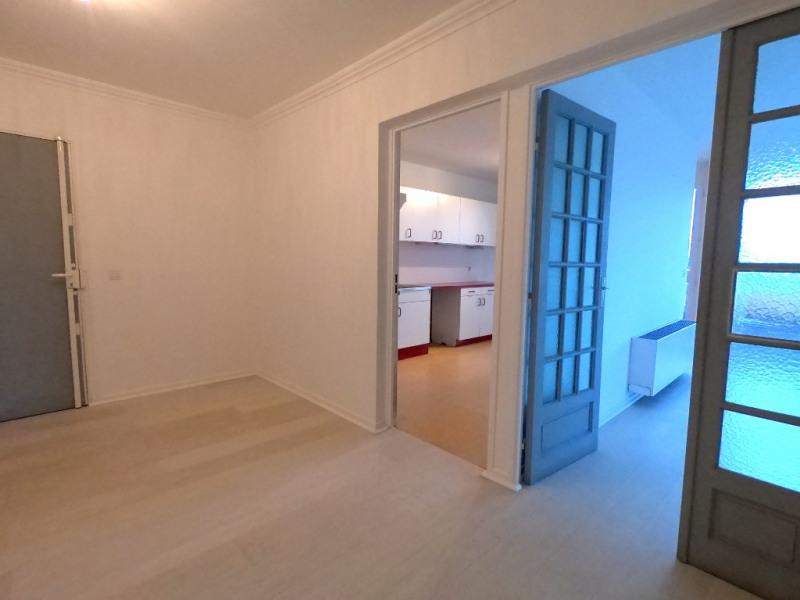 Rental apartment Aix en provence 1080€ CC - Picture 8
