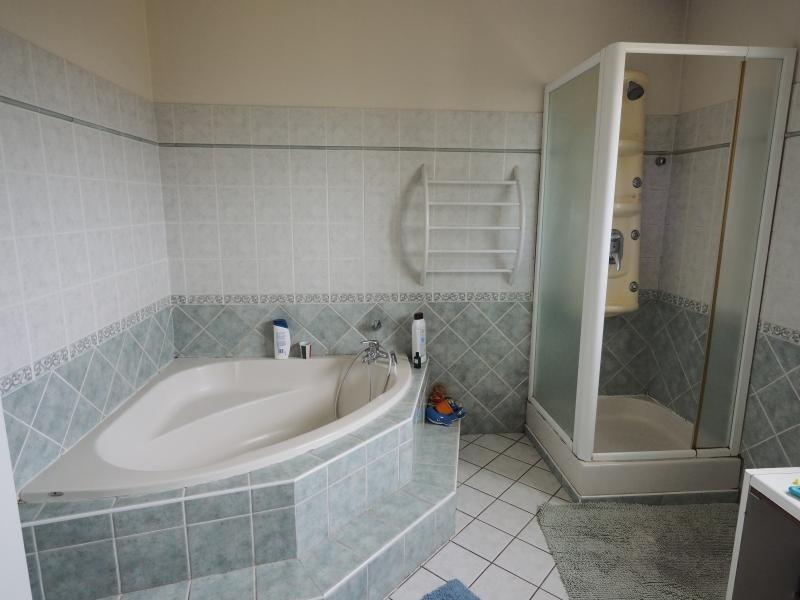 Vente maison / villa St andre de cubzac 430000€ - Photo 9
