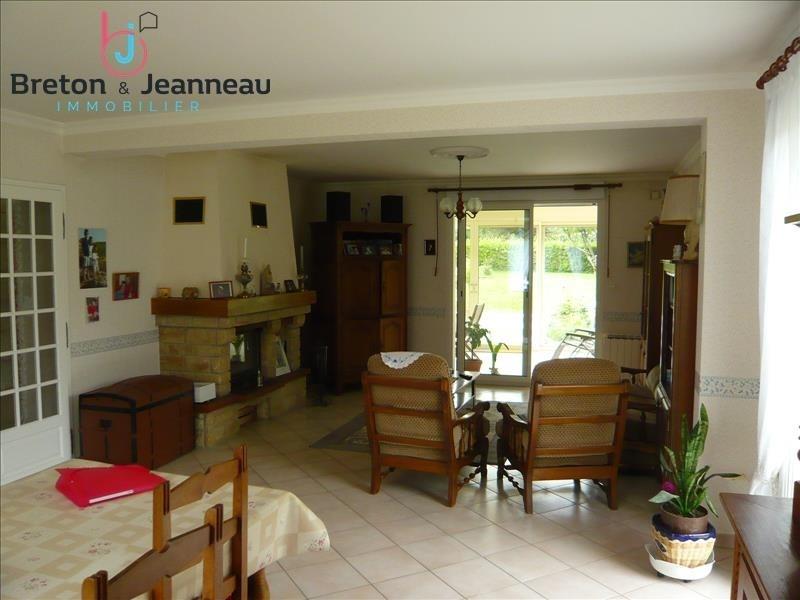 Sale house / villa Bonchamp les laval 343200€ - Picture 2