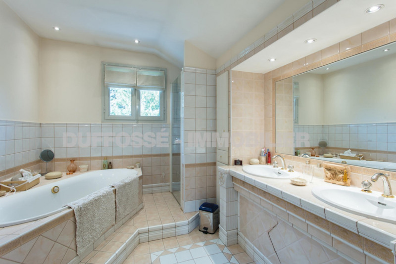Deluxe sale house / villa Corenc 1398000€ - Picture 16