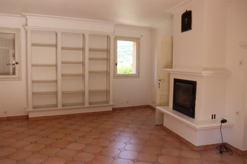 Location maison / villa Cavalaire sur mer 1 900€ CC - Photo 9