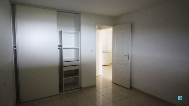 Sale apartment Clohars carnoet 126 000€ - Picture 3