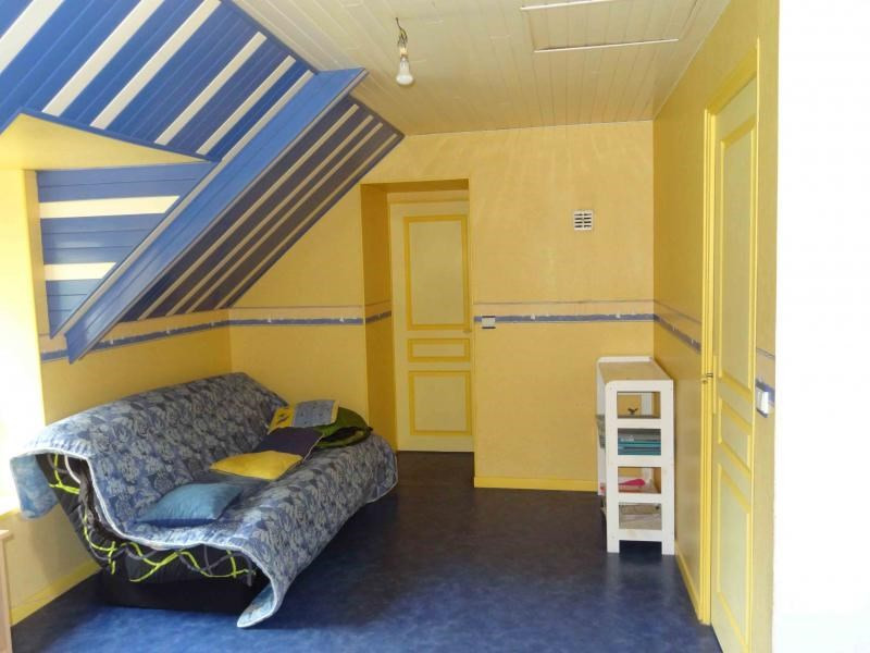 Sale house / villa Plounevez quintin 138300€ - Picture 14