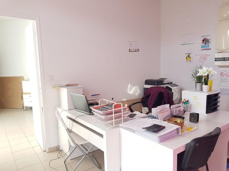 Location local commercial Epinay sur orge 800€ HT/HC - Photo 2
