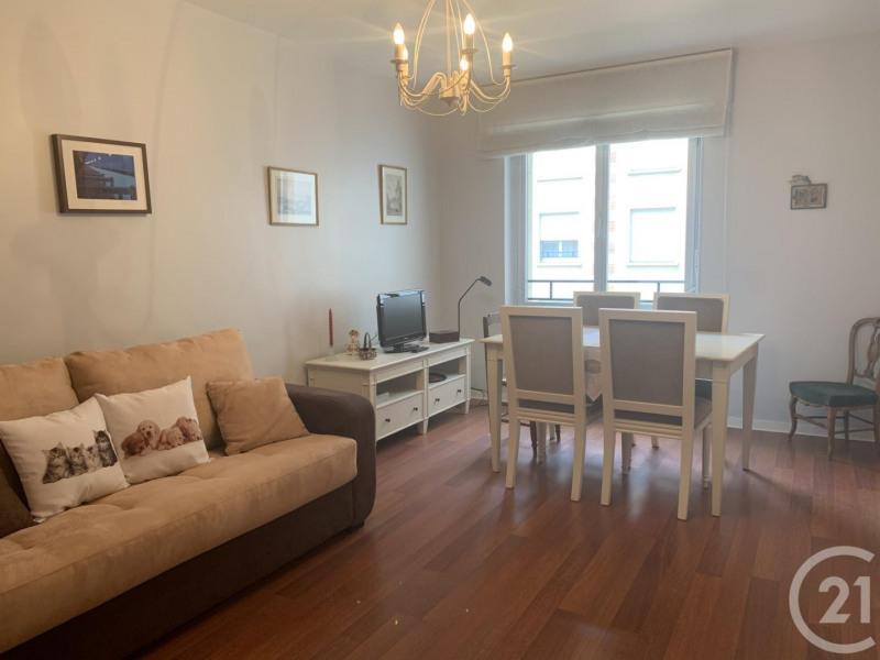 Verkoop  appartement Deauville 112000€ - Foto 3